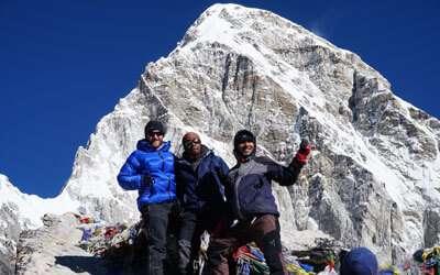 Trekkers Celebrating at Kalapathar
